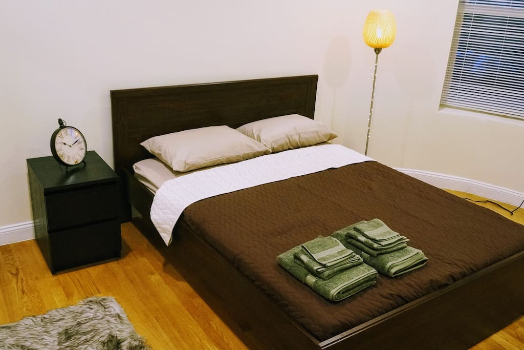 brookline station chat rooms Favorite this post may 15 brookline - room for rent - coolidge corner $1100 (brookline) pic map hide this posting restore restore this posting $700.