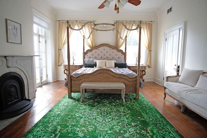 2nd Bedroom King Bed