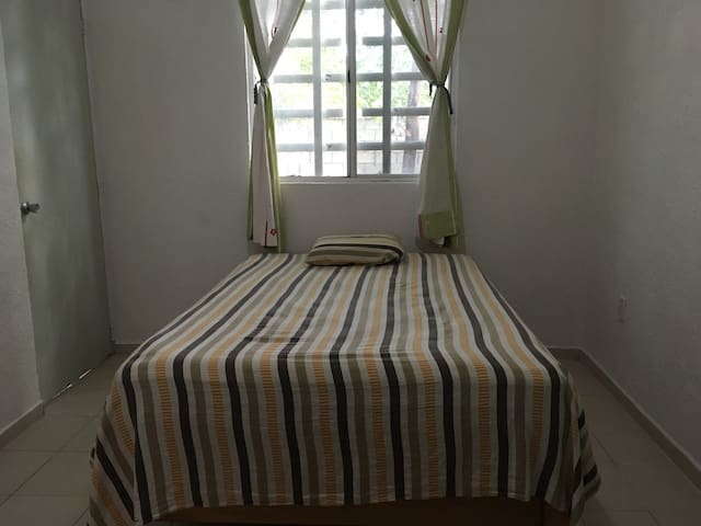 Private Room in Villas Morelos, Puerto Morelos - Cancún - House