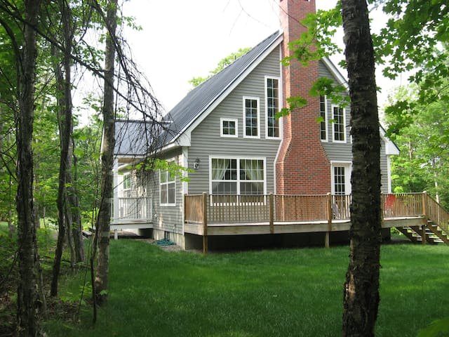 On Mountain, Luxurious 4-Bedroom House - Carrabassett Valley - Hus
