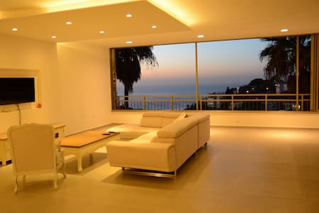 luxurious house,best locaition - haifa - Apartment