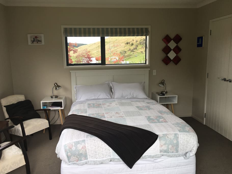 Your room with Queen Bed