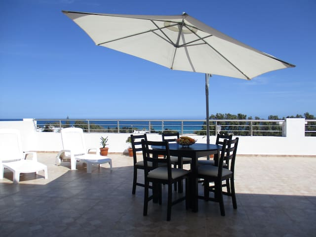 Beautiful apartment, panoramic terrace on the sea - Sousse - Apartamento
