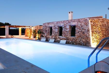 """Tenuta """"Le Tumare""""  Sea  Nature & Relax! - Provincia di Lecce"""