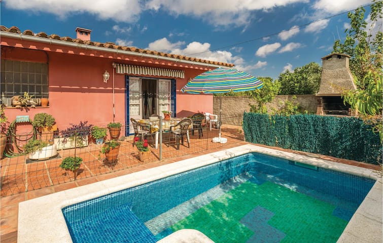 Holiday cottage with 2 bedrooms on 90m² in Sant Miquel de Fluvià