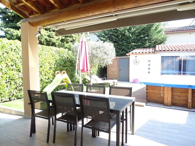 Spa et piscine en Provence - 5 personnes - Jonquerettes - บ้าน