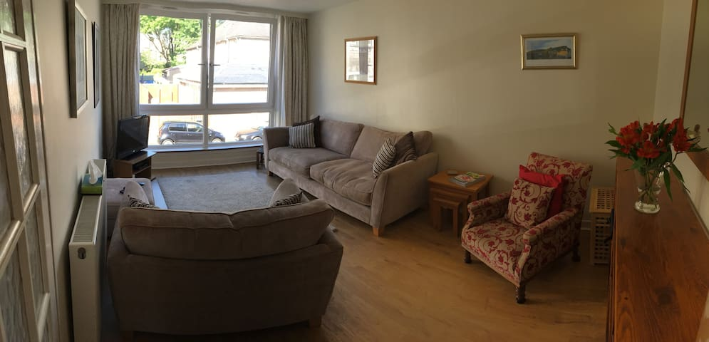 Airbnb Craiglockhart Holiday Rentals Places To Stay