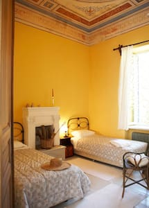 Double room with fireplace in luxury mansion - Agios Georgios Nileias