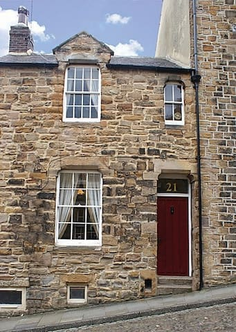 Georgian Townhouse within the heart of Durham City