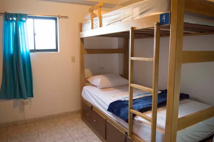 Habitación privada para tres personas