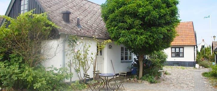 Fint hus i charmiga Skillinge fiskeläge