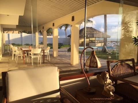 Casa à beira-mar na Praia de Jacumã/Natal/RN.