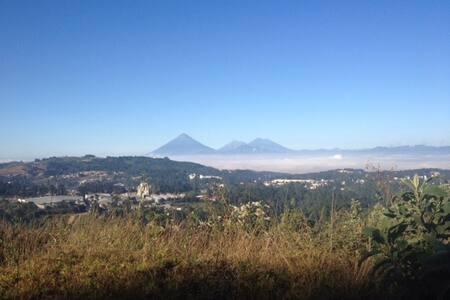 Habitaciones en Carretera a El Salvador - Guatemala