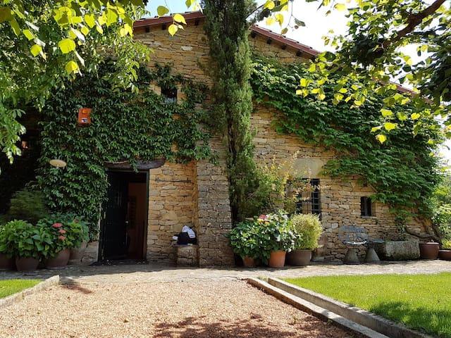 Elegante casa rural en Àger