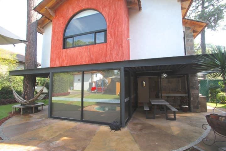 Casa en centro de Avandaro, Valle de Bravo, NUEVA