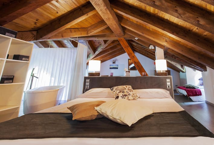 MAGNÍFICA SUITE AMB DESIGN EXCLUSIU - La Massana - Bed & Breakfast