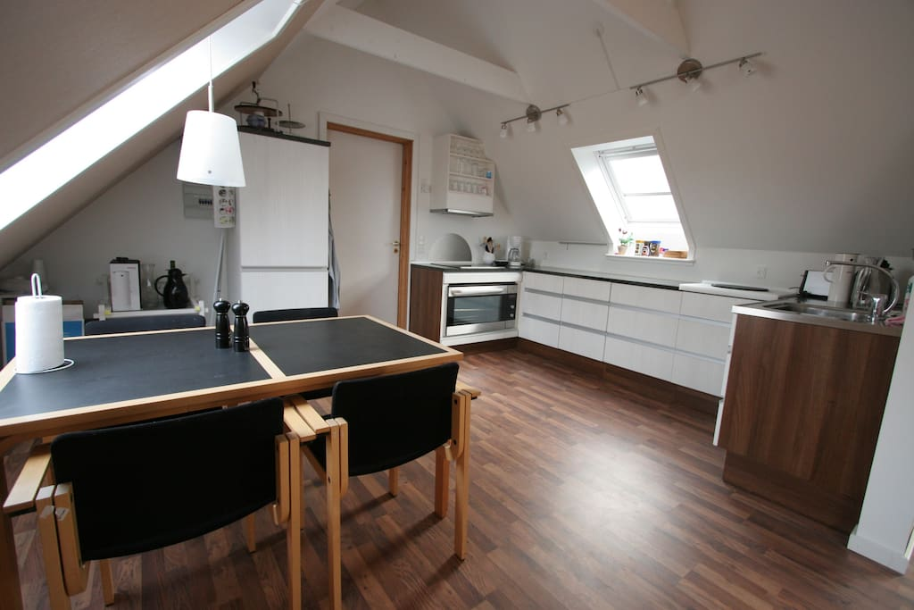 Køkken - fuldt udstyret - Kitchen