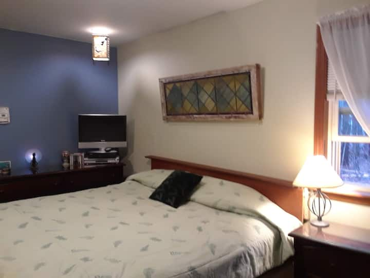 Private room with king size bed  and full bath.