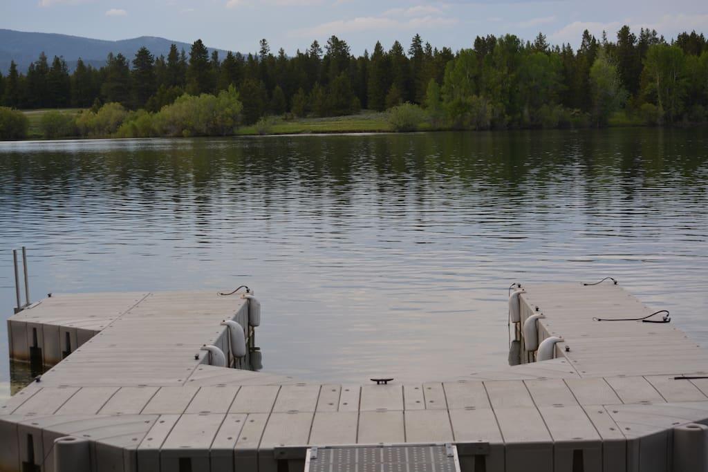 Lake View & Private Dock
