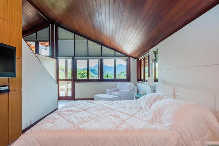 Casa moderna e perfeita em Itaipava