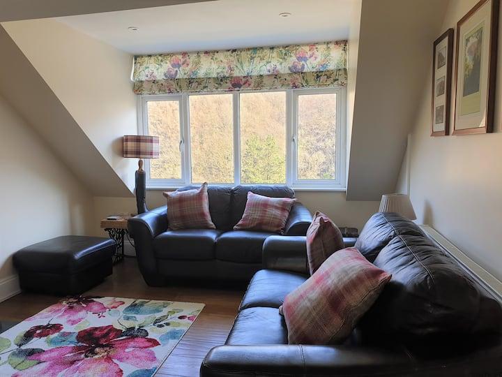 Apartment with river views Lynton, Exmoor, Devon