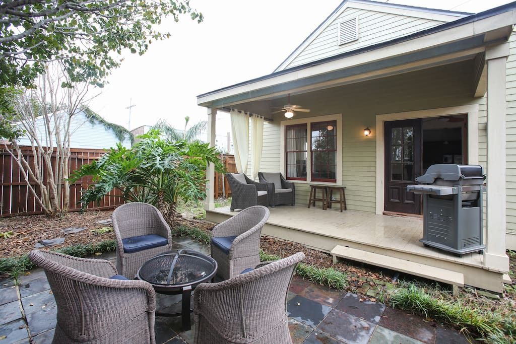 Enjoy our back patio, with a fire pit, outdoor speakers, and grill!