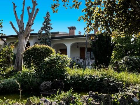 Villa Berra - Riva del Po B & B