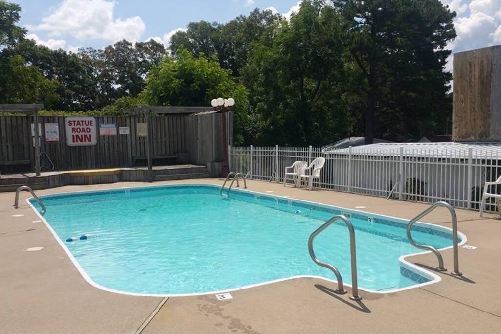 Our beautiful invitin swimming pool