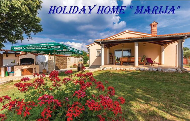"Holiday home ""Marija""  , Šišan , Medulin - Šišan - House"