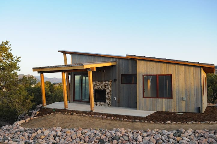 Single King Cabin 1 - Royal Gorge Cabins - Cañon City - Cottage