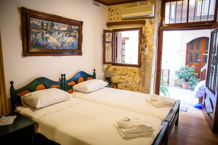 Luxury in the heart of old Town ! - Chania