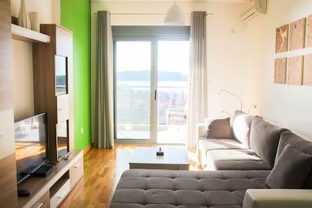 Alexandra apartments - Bečići