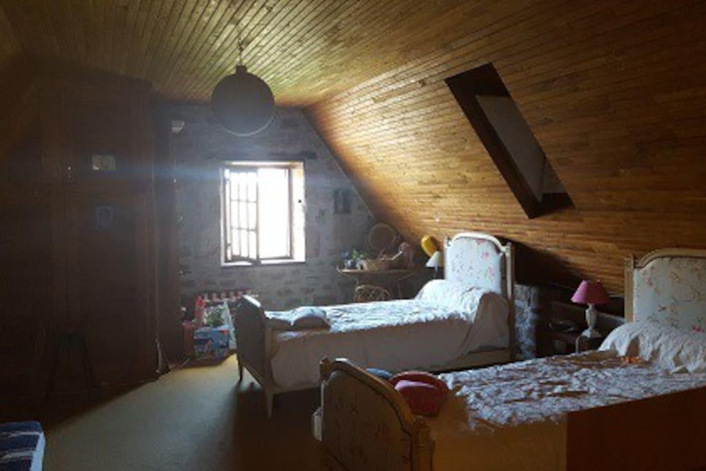chambre 2, coin enfants