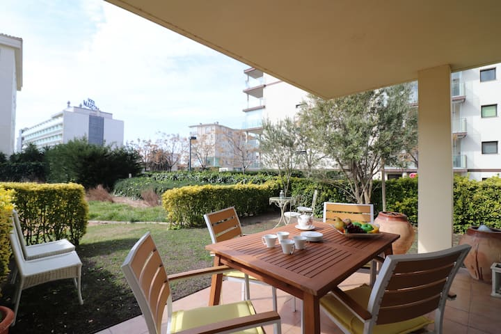 Apartment for rent in Residence Mileni in Roses-MIL2 4B3