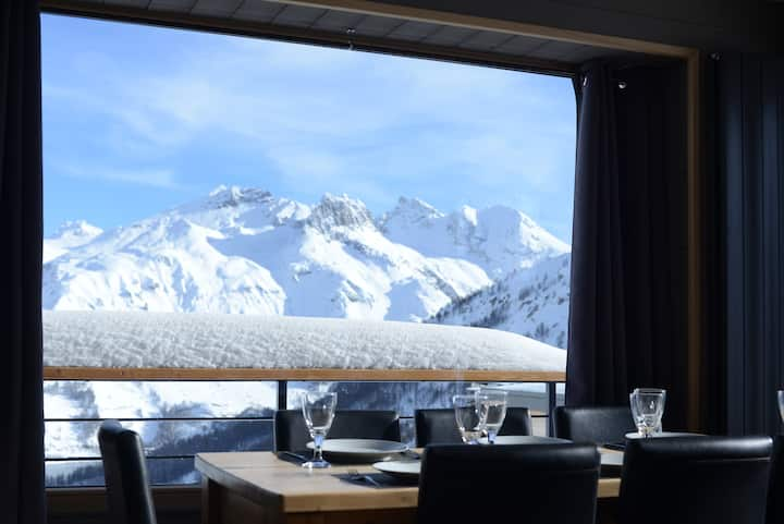 #1 Altitude 2100- we have the best view in Tignes!