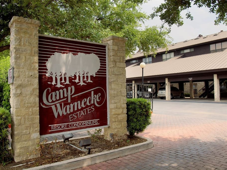 Camp Warnecke is a gorgeous retreat located in the center of town on the Comal River and right across the street from Schliterbahn Waterpark!