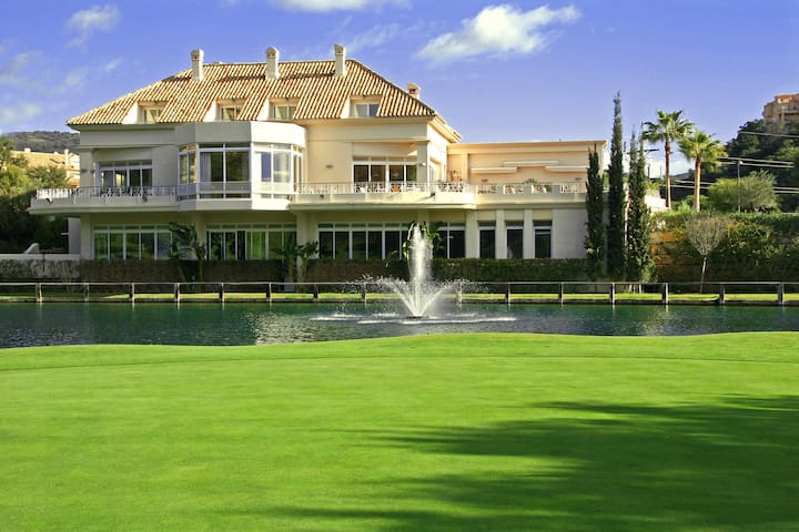 Estudio Greenlife Golf Marbella