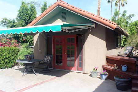 StandAlone Casita - Very Private - Palm Desert
