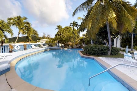 Sea Reef View - Contemporary Caribbean Comfort