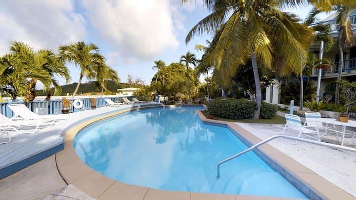 Sea Reef View - Contemporary Caribbean Comfort