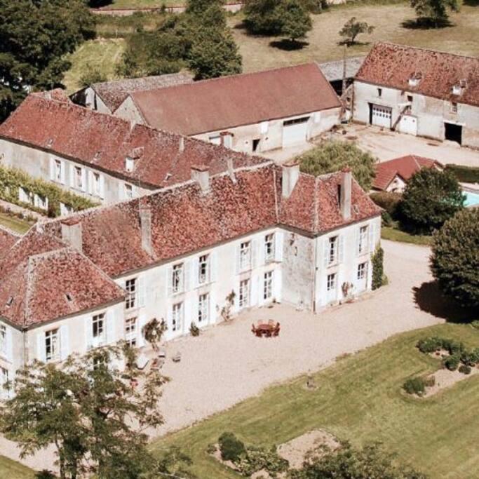 Chateau de Sury - Vue du Ciel