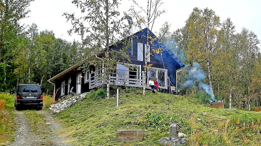 Large, stylish cottage in EU's last wilderness