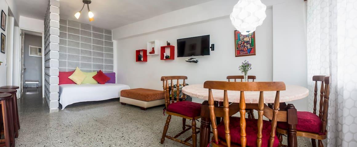 Casa12Habana Vedado.