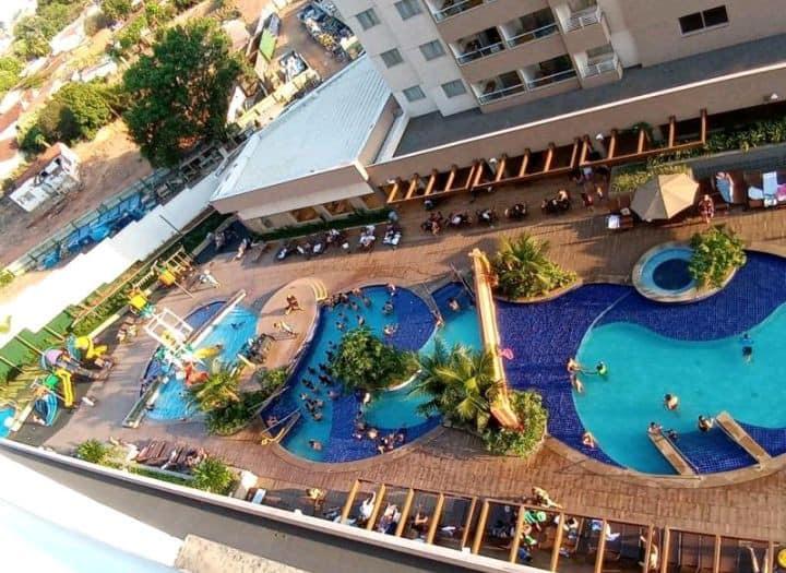 Apartamento no Olímpia Park Resort.