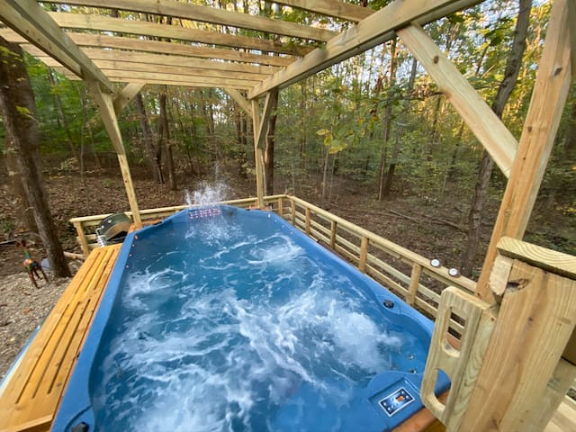 Swim Spa-Shaded Wooded Cabin @Park Entrance