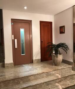 Espacioso piso en zona centrica - Albal
