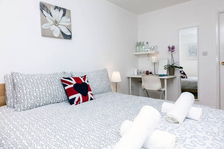 Piccadilly Circus - Double Room 3.3 - Londýn - Byt
