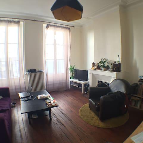 Appartement Centre Typique XIXe - Bordeaux - Apartament