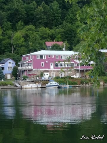 Unit #3~Historic Rustic lakefront
