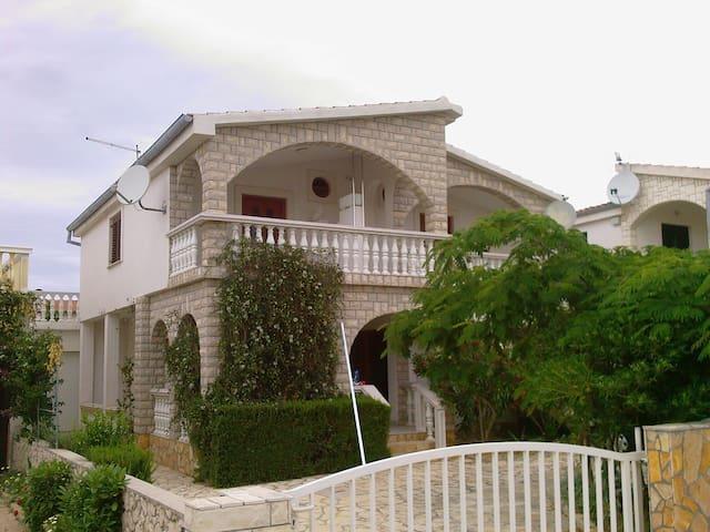 Nice apartment for 2-4 people near Zadar, Croatia